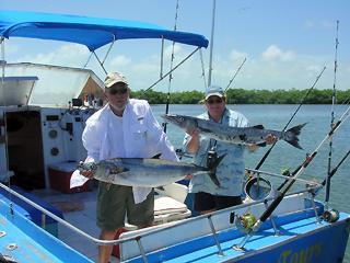 Deep sea fishing belize fishing freedom tours for Deep sea fishing belize